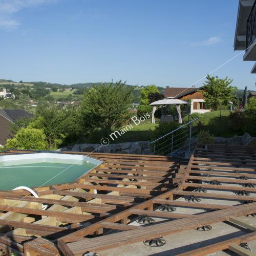 terrasse_bois_exotique_ipé_piscine_maini_bois_charpente_haute_savoie